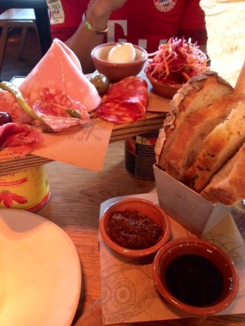 Jamie Oliver's Italian: Dining in Jamie's Italian