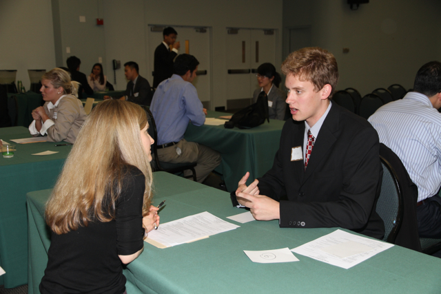 How to Face a Job Interview Well Prepared