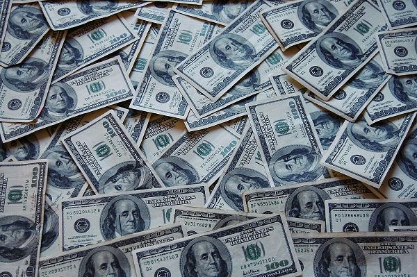 1200px-Money_Cash