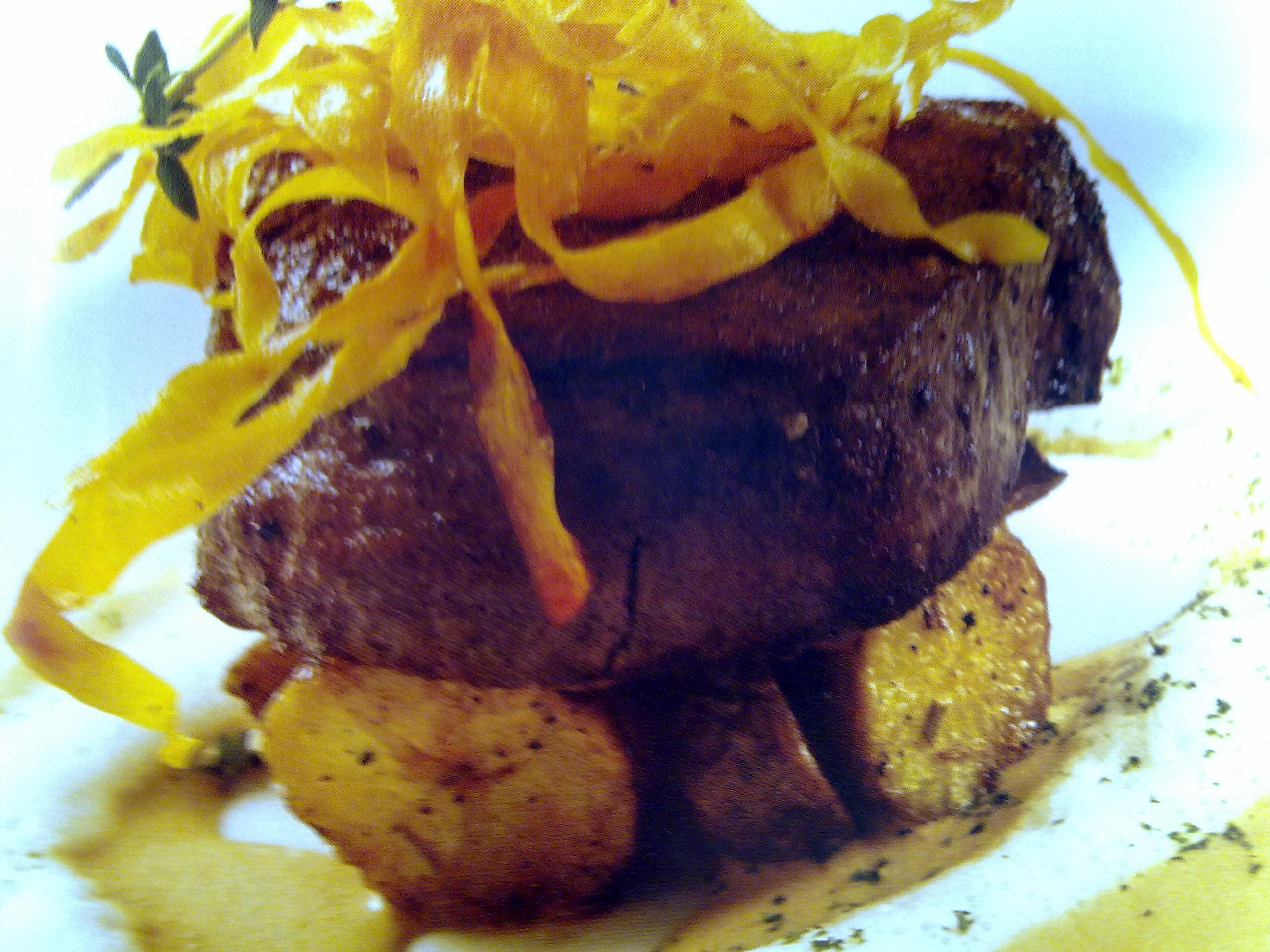 Fillet beef baby potato cappucino foam sauce
