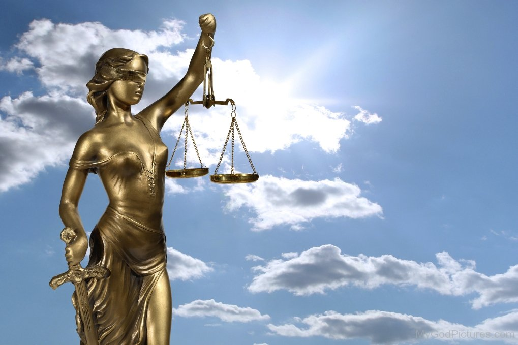 Golden-Lady-Justice-Picture