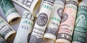 dollar-1362244_640-pixabay