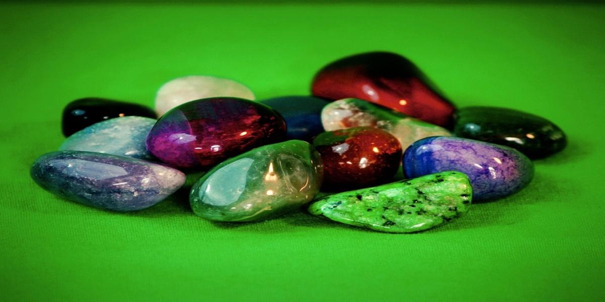 gemstones-63385_960_720