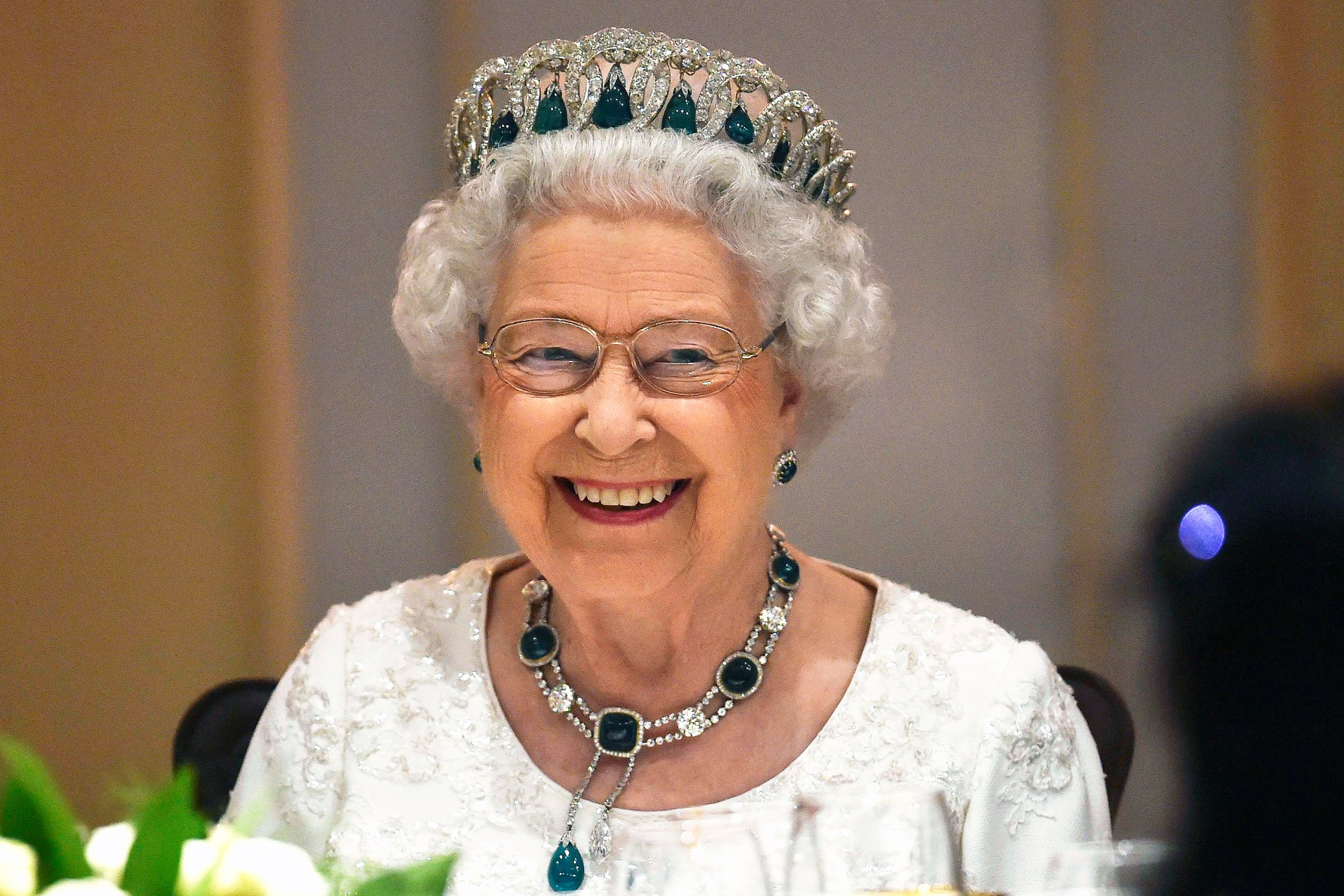 Britain's Queen Elizabeth smiles as she attends a dinner at the Corinthia Palace Hotel during the Commonwealth Heads of State Meeting in Attard Malta on november 27, 2015. Photo by Toby Melville/PA/ABACAPRESS.COM